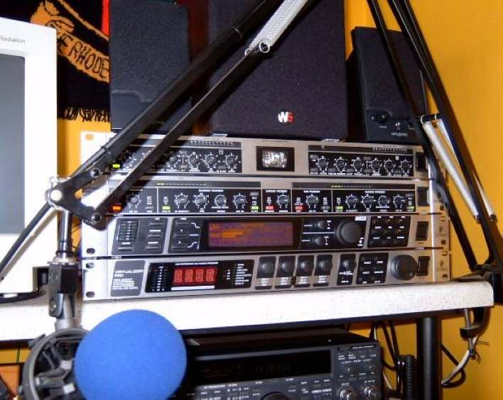 The Old ZS6AVM Rack!
